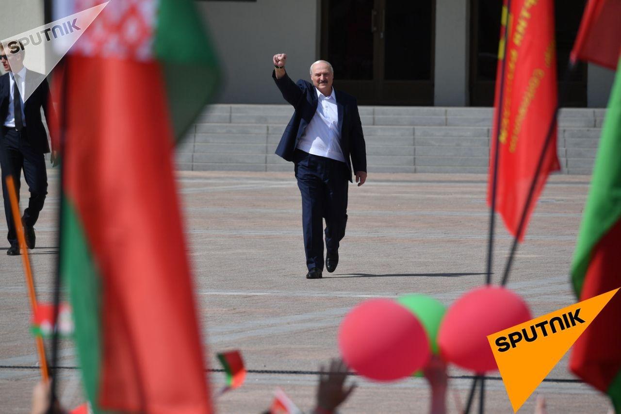 """""""Очистил Минск от бандитов"""". Лукашенко выступил в столице на собственном..."""