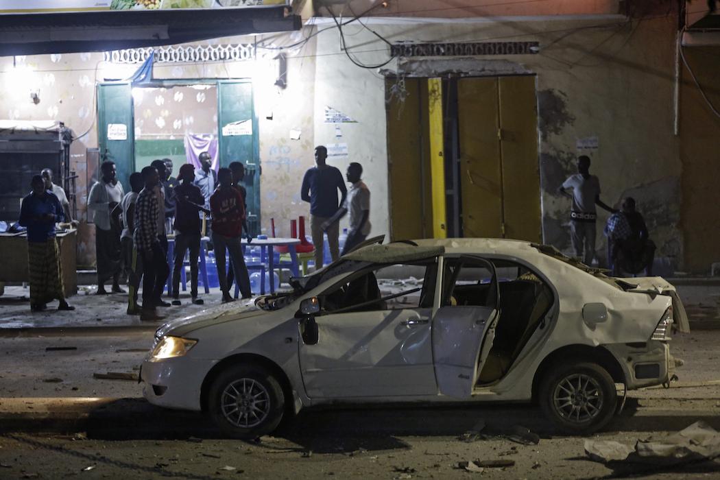 В столице Сомали взорвали автомобиль, погибли люди