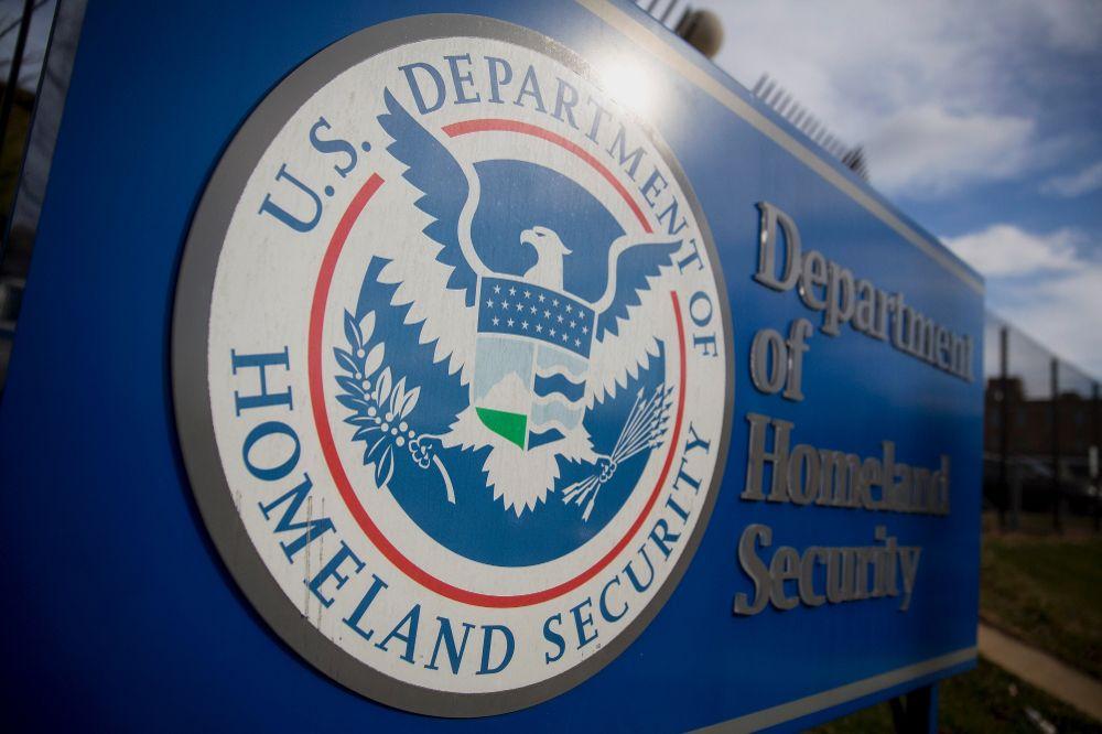 США ужесточили выдачу рабочих виз – американский персонал прежде всего