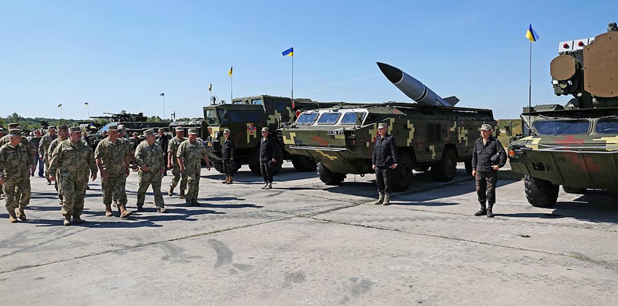В военном параде в Киеве примет участие более 200 единиц техники