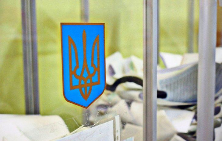 В Украине проходят первые выборы в 40 общинах