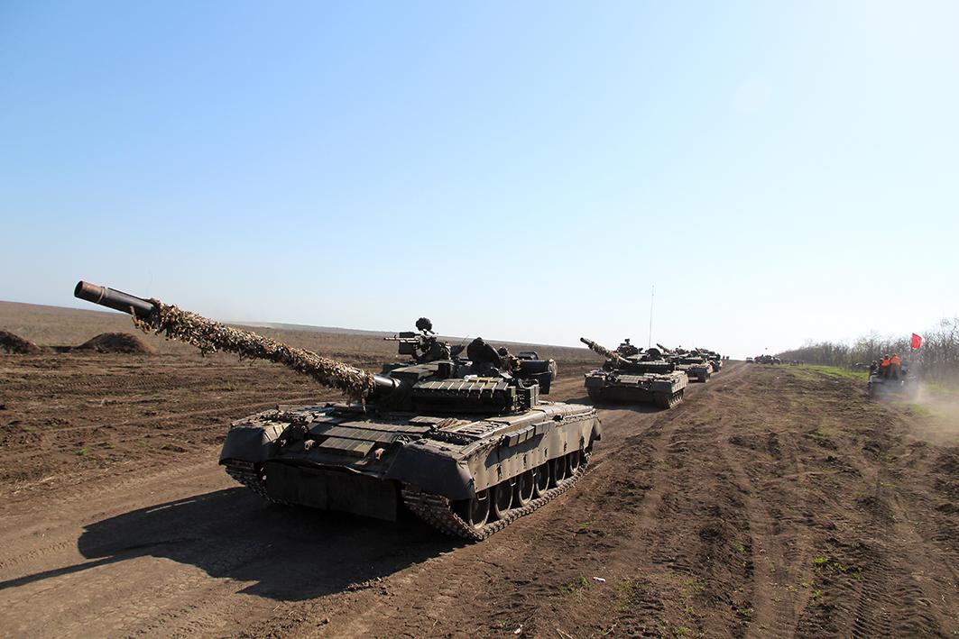 На побережье Азовского моря прошли масштабные военные учения