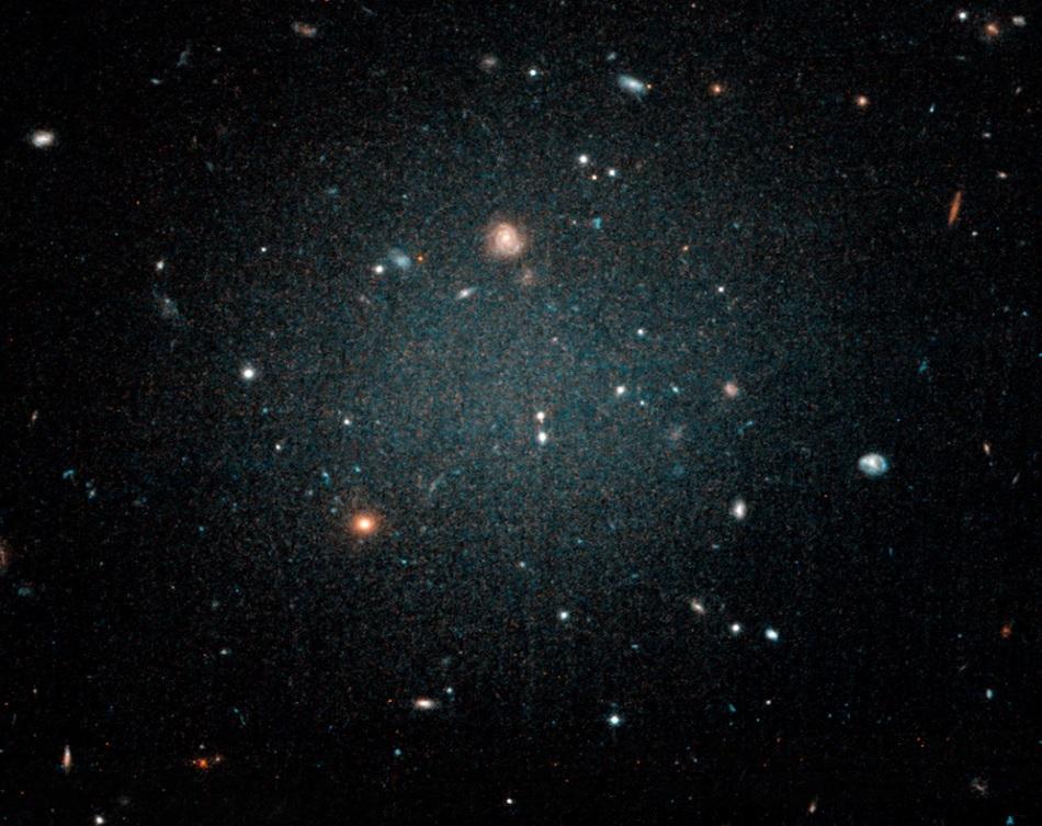 Ученые нашли галактики без темной материи и выяснили, куда она делась