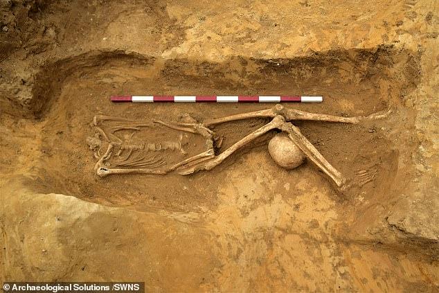 В Британии нашли древнеримское кладбище обезглавленных скелетов