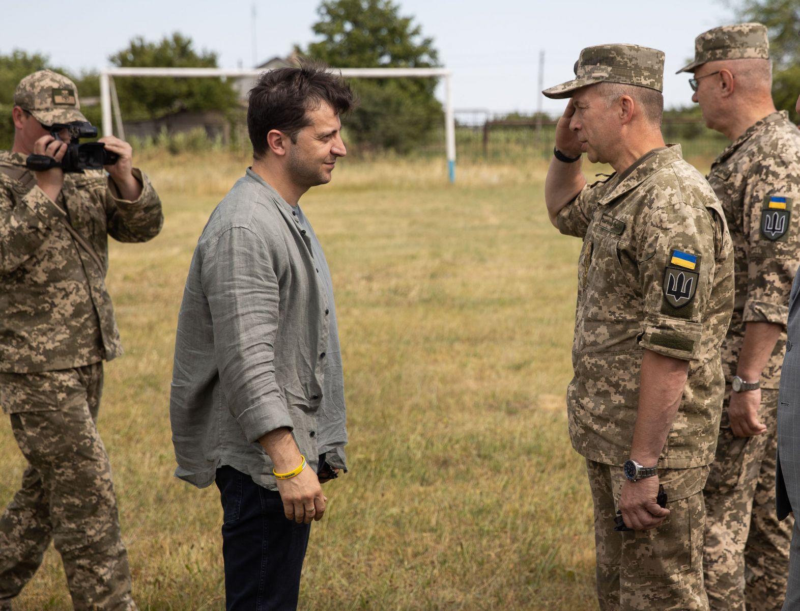 Зеленский собрался с силами. Почему произошла смена командующего военной...
