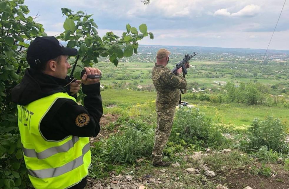 На Донбассе проходит следственный эксперимент по делу нацгвардейца Марки...