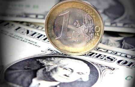 Евро подорожал в среднем на 3-4 копейки