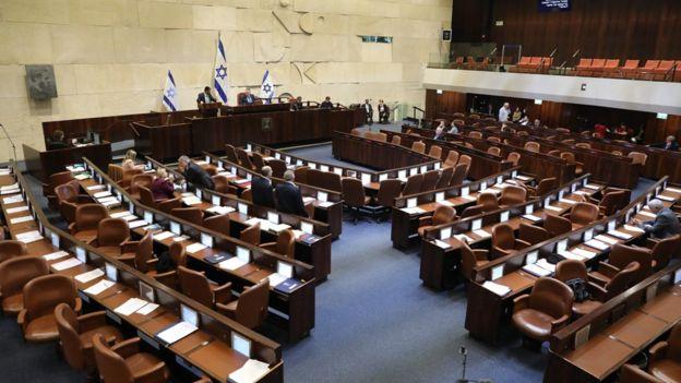 В Израиле снова назначены выборы, третий раз за год