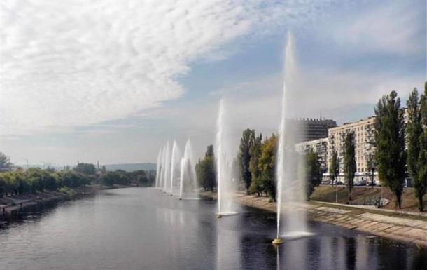 Непогода в Киеве: часть фонтанов на Русановском канале не работают