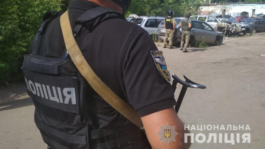 В Полтаве злоумышленник взял в заложники полковника полиции