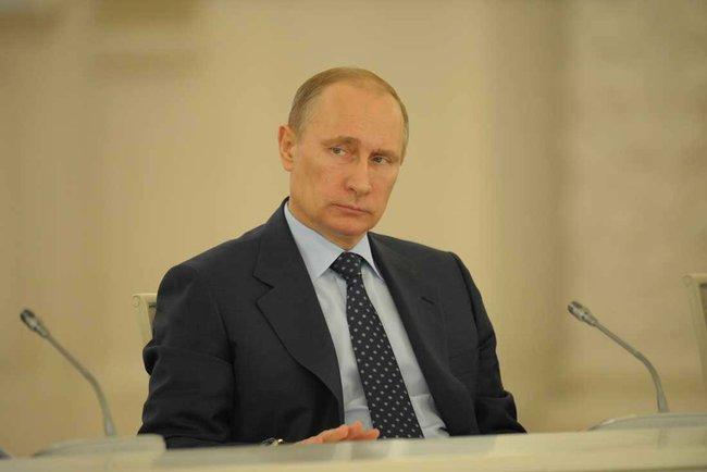 Путин вновь собрал Совбез из-за Украины