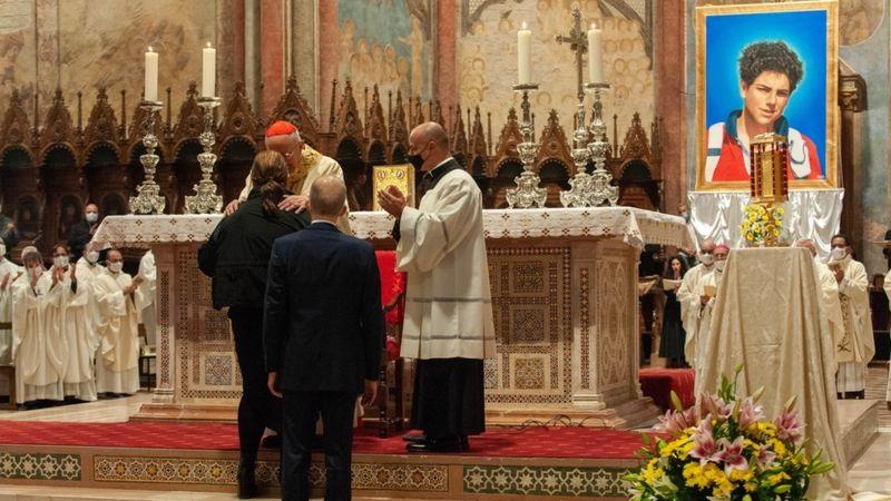 В Италии готовятся причислить к лику святых подростка, который проповедо...