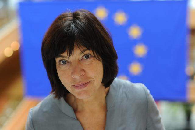 Ребекка Хармс: Евросоюз поддался давлению России