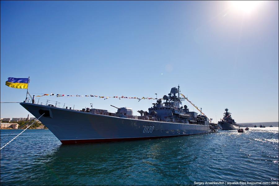 Украинские военные моряки грозят Порошенко вернуться в Крым из-за пробле...