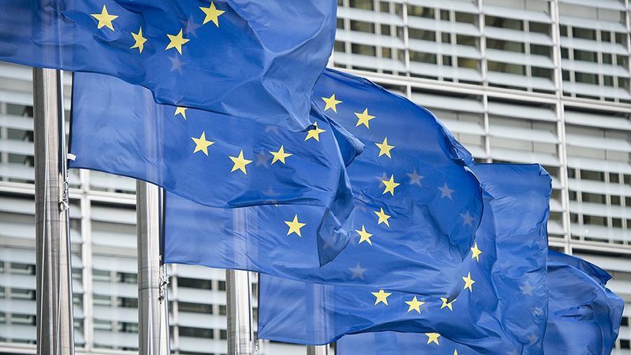 Президент Еврокомиссии предложила на месяц ограничить въезд в ЕС