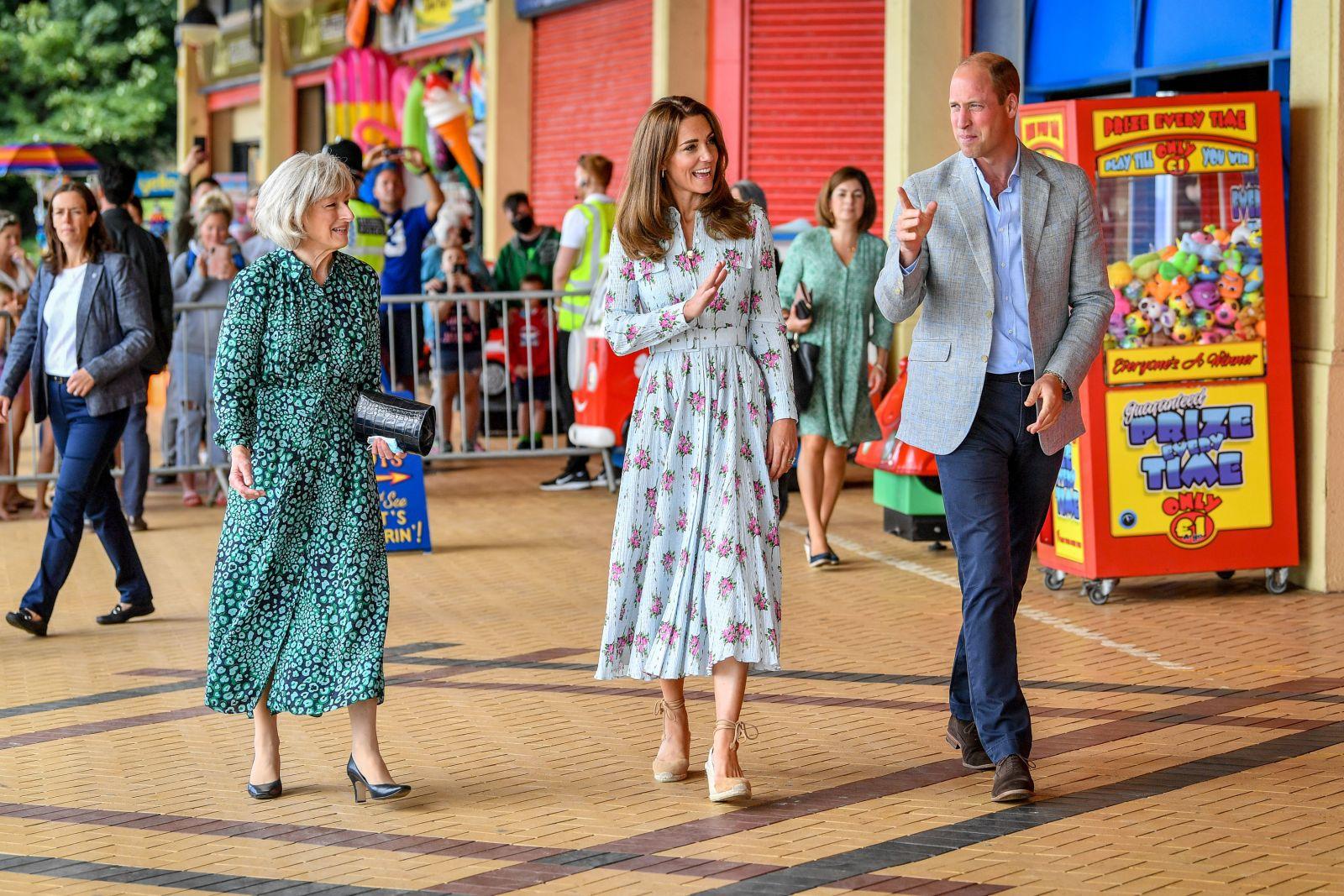 Кейт Миддлтон и принц Уильям посетили Уэльс  с официальным визитом
