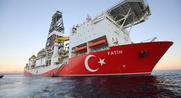 Турция обнаружила в Черном море крупнейшее месторождение голубого топлив...