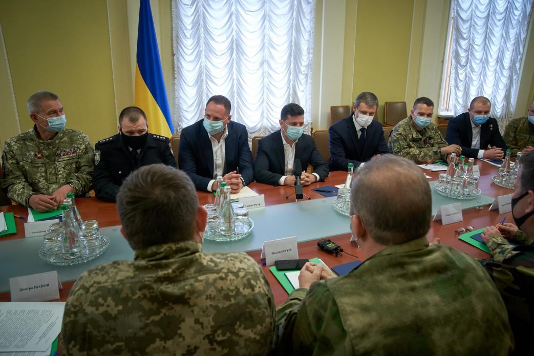 Зеленский поддерживает создание в Украине частных военных компаний