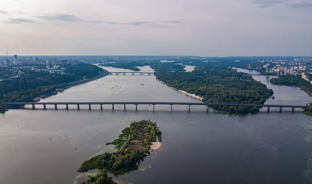 Киевские власти хотят реставрировать мост Патона до конца 2025 года