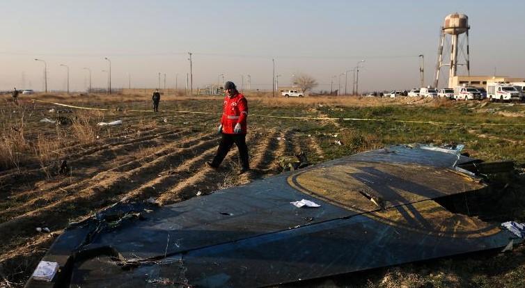 Киев не согласен, что самолет под Тегераном сбили из-за человеческой оши...
