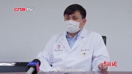 Китайские медики прогнозируют вторую волну пандемии коронавируса в ноябр...