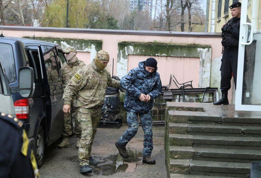 Украинским военнопленным морякам продлят срок ареста, – адвокат