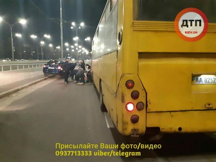 Полиция открыла дело по факту ДТП на Дорогожичах в Киеве