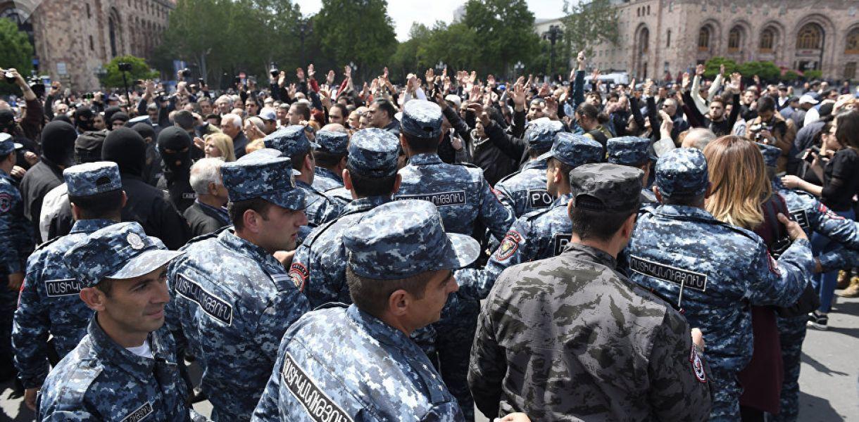 Протесты в Армении: в конфликт вмешался Европейский Союз