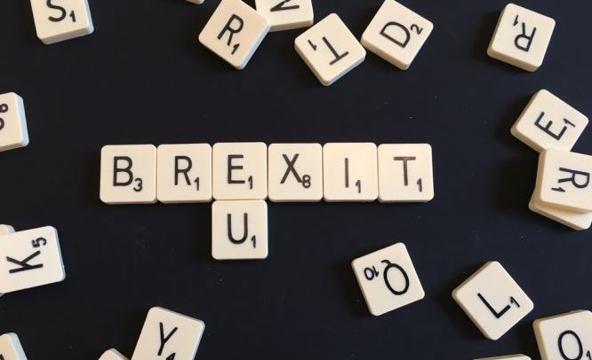 """Совет Евросоюза законодательно подстраховался на случай """"жесткого"""" Brexi..."""