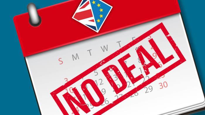 Британии грозит нехватка продовольствия и топлива из-за жесткого Brexit,...