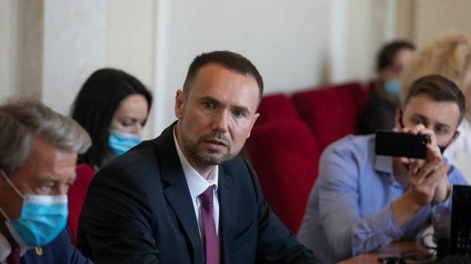 После назначения Шкарлета из МОН уволили четырех замминистров