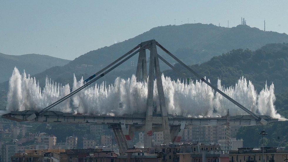 В Генуе взорвали мост, унесший в прошлом году 43 жизни