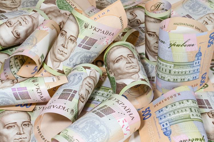 Общая сумма задолженности выплат по больничным в Украине составляет почт...