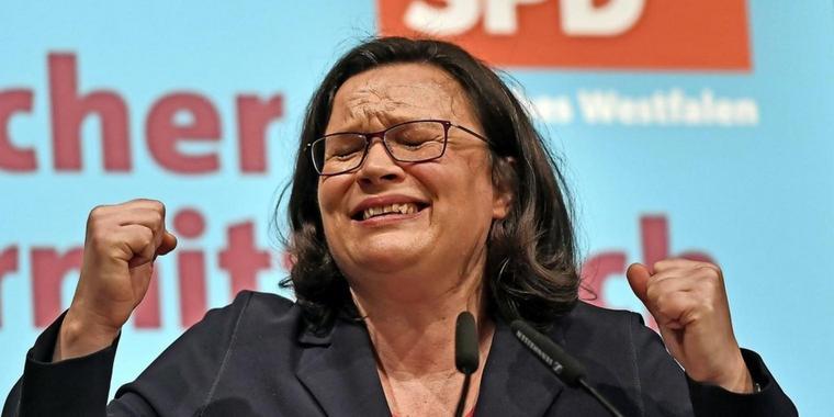 Глава немецких социал-демократов подала в отставку