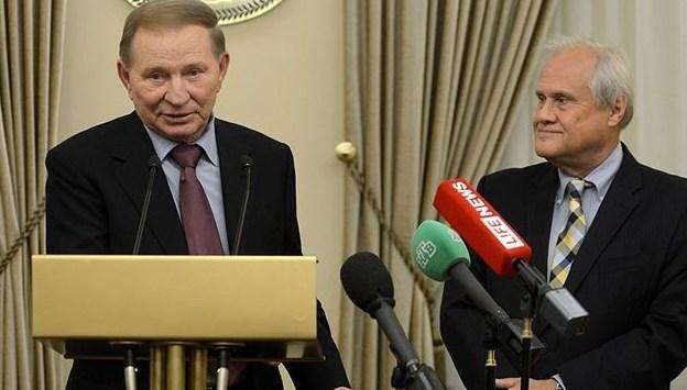 Накануне переговоров в Минске Кучма провел встречу со спецпредставителем...