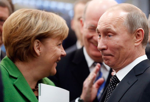 В Кремле заявили, что Меркель не угрожала Путину