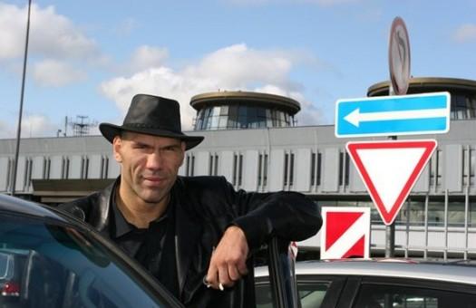 Валуев: новая операция назначена на декабрь