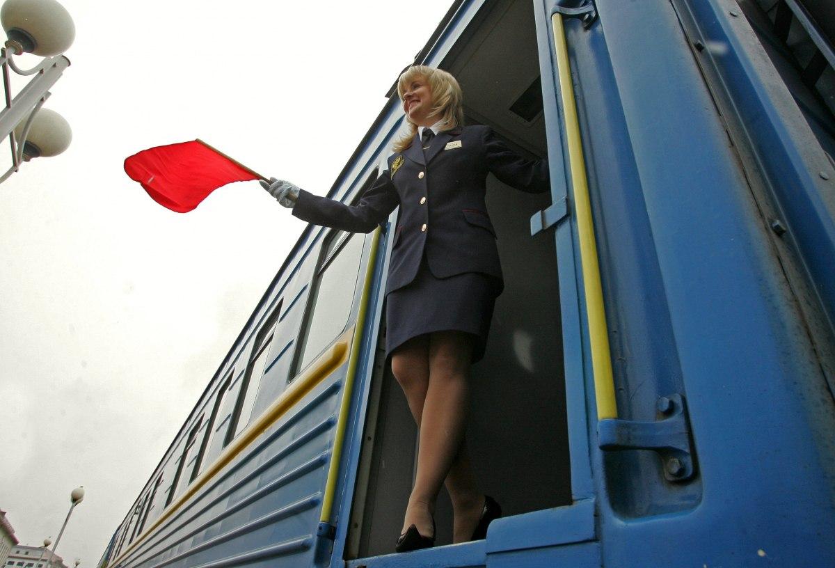 """Полки-убийцы. Кто отвечает за ЧП в поездах """"Укрзализныци"""""""