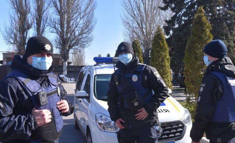 На Пасху 22 тысячи полицейских будут дежурить у церквей в Украине