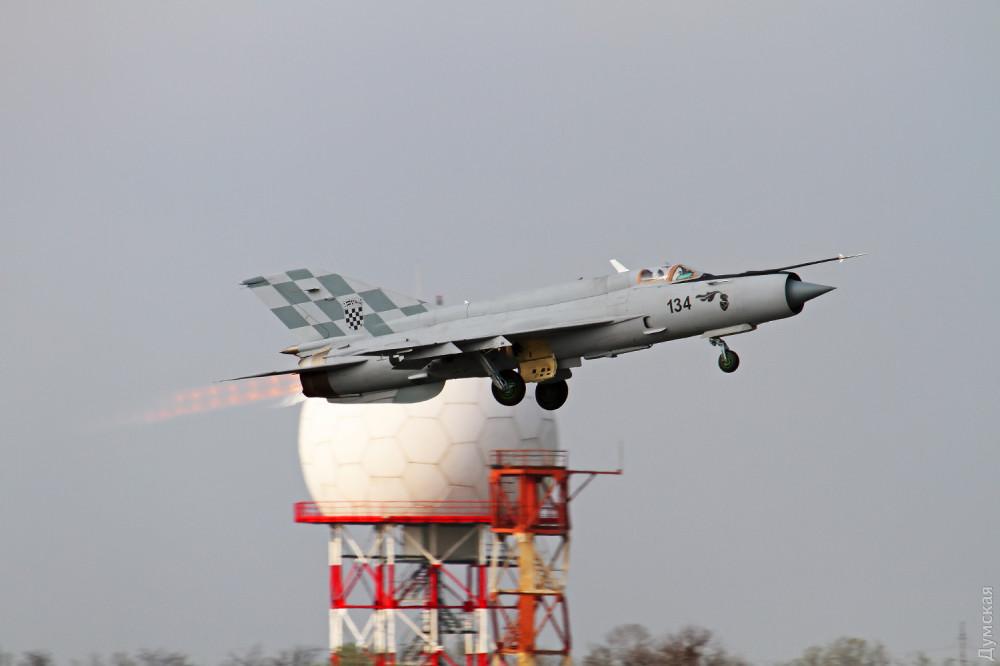 Хорватские ВВС перехватили украинский самолет над своей территорией