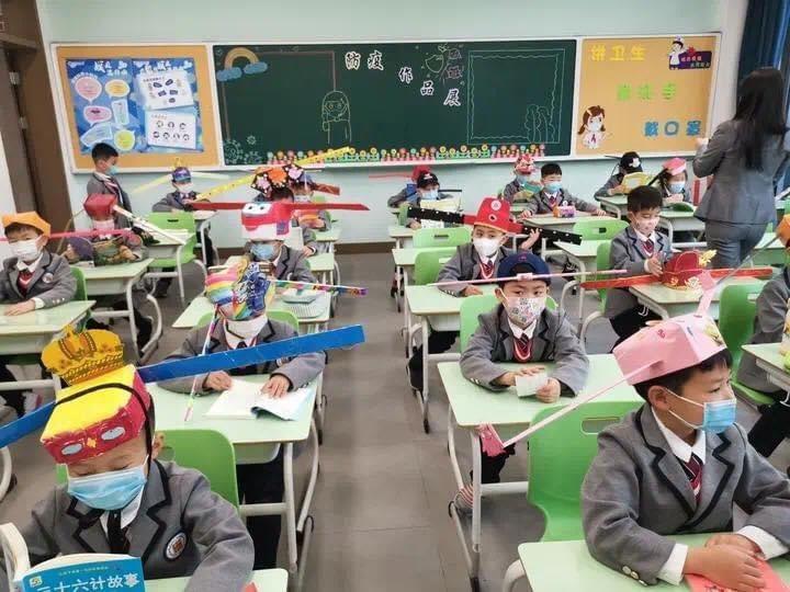 метровая шапка, китай, школьники