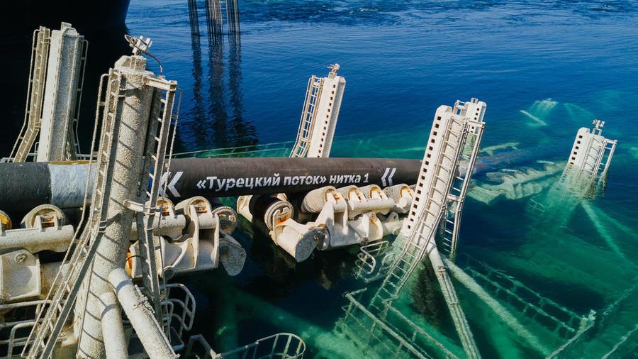 Поставки сокращены в сотни раз: Турция заменяет российский газ на азерба...