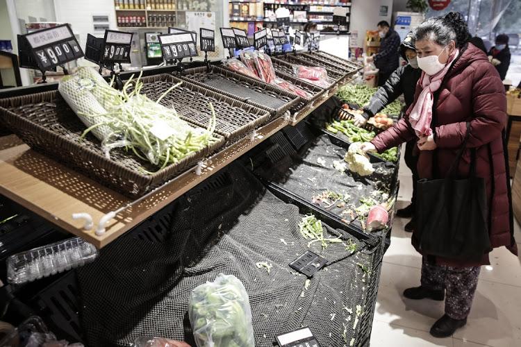 Штраф за наживу на панике. В Китае супермаркет заплатит $72 тысячи за то...