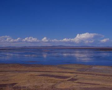 Озеро Титикака обмельчало до критической отметки