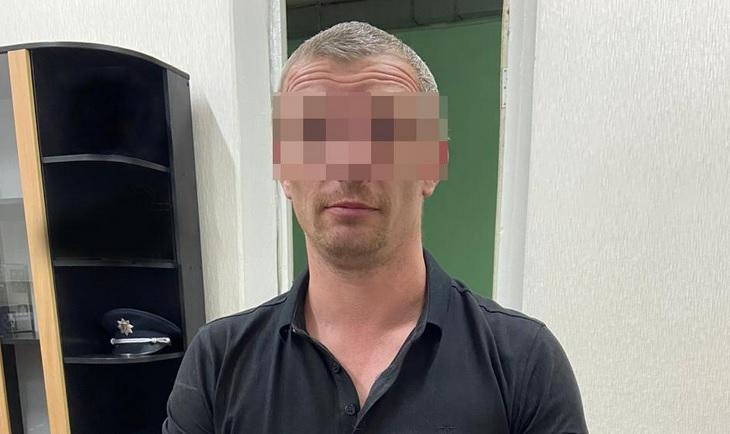 Хотел в тюрьму из-за долгов: в Николаеве киевлянин подстрелил собутыльни...