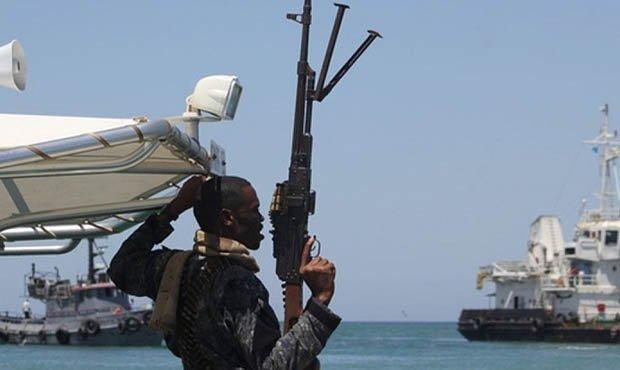 За два дня из плена пиратов освободили семь украинских моряков