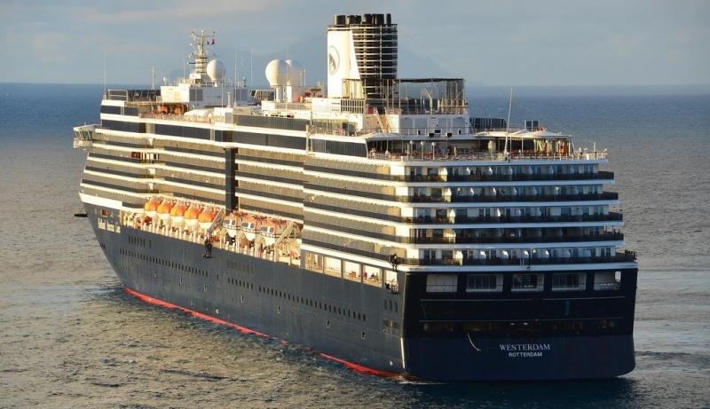Малайзия закрыла въезд лайнеру-изгою Westerdam из-за подозрения на корон...