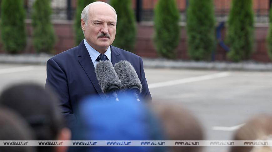 Лукашенко мягко угрожает Европе: во что вы превратитесь, если в Беларуси...