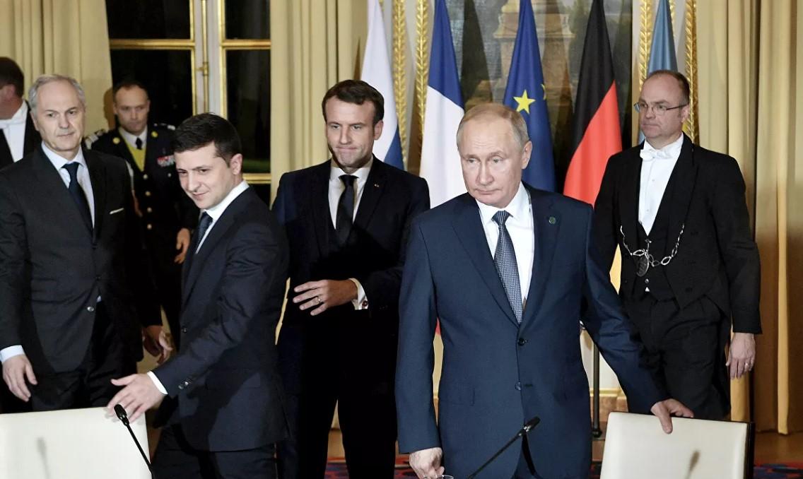 Между Зеленским и Путиным установлен весьма эффективный рабочий контакт,...
