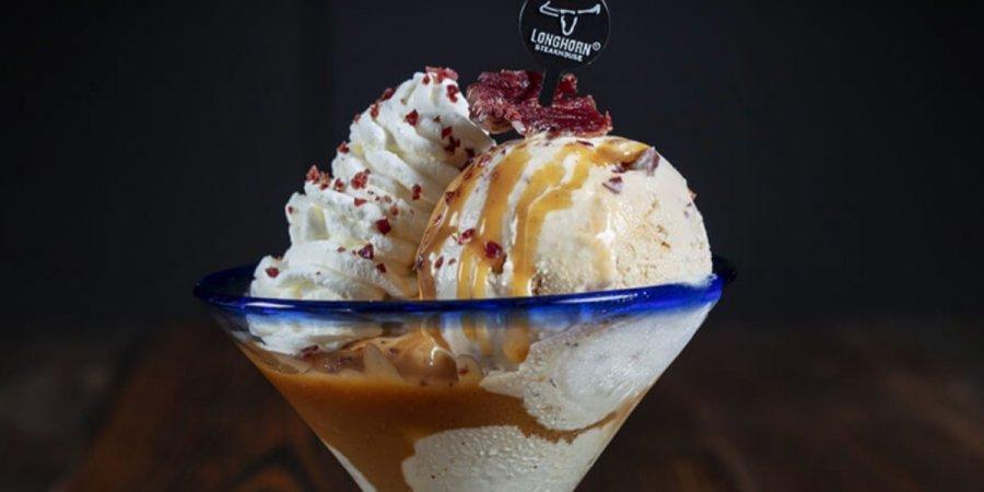 В американском ресторане будут подавать мороженое со вкусом стейка и бур...